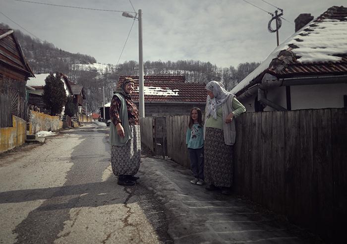 Moslimfamilie in de dorpen rond Vares, Nomad & Villager