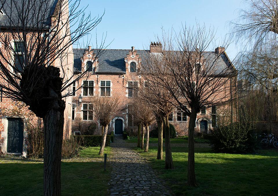 Leuvens Begijnhof Nomad & Villager