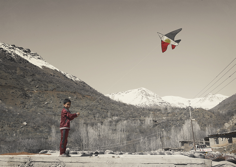 De vliegeraar in expositie over elfjes en kogelgaten