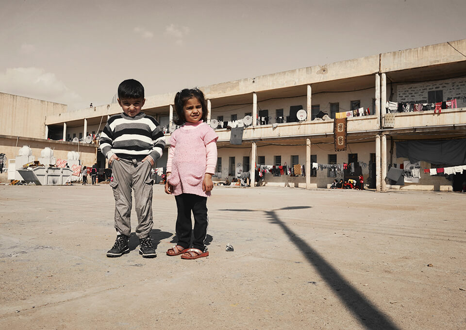 children in refugee camp Iraq Akre Irak