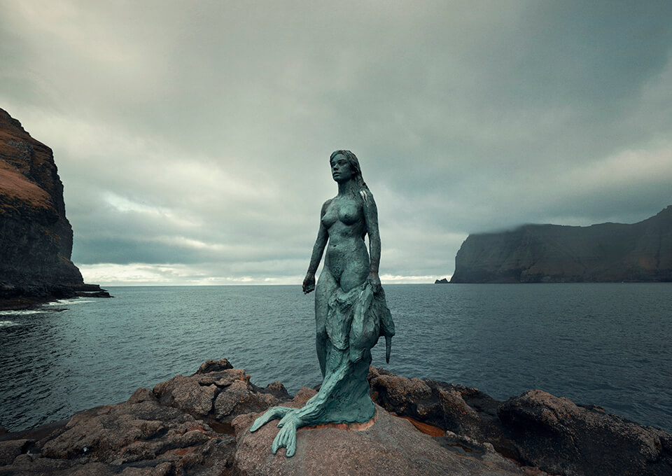Zeehondenvrouw | Seal Women | Mikladalur | ©Nomad&Villager | Kópakonan